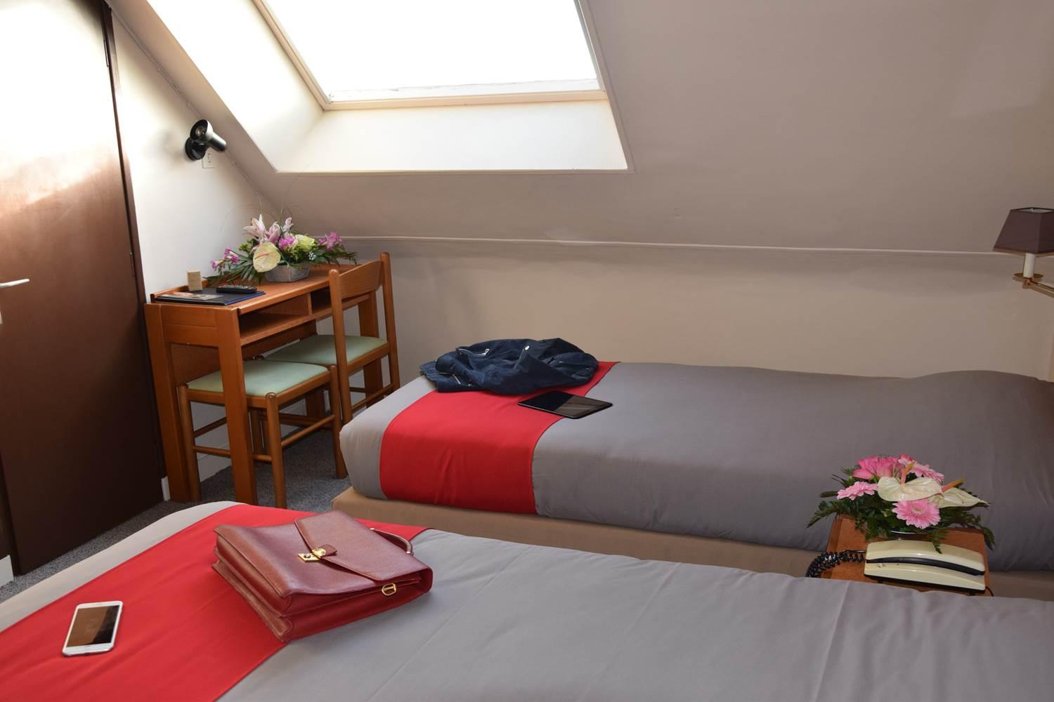 CHAMBRE LITS JUMEAUX 2 PERS ©