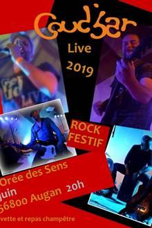 Concert de rock festif avec
