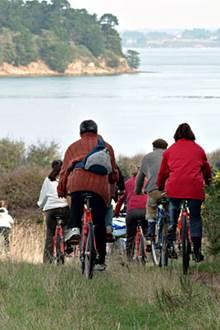 Sortie en Vélo à la Découverte des Villages Traditionnels du Bord du Golfe avec Gwen