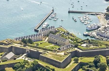 Citadelle Vauban Hôtel Musée