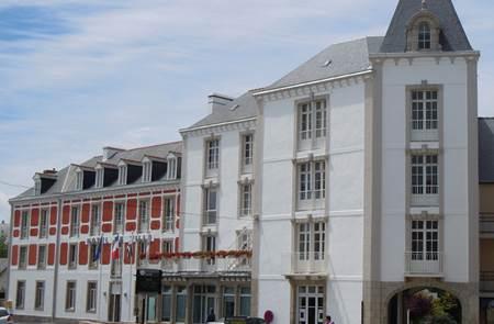 Expositions d'Arts Plastiques - Hôtel de Ville