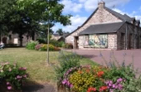 Expositions à l'office de tourisme du pays de Mauron en Brocéliande